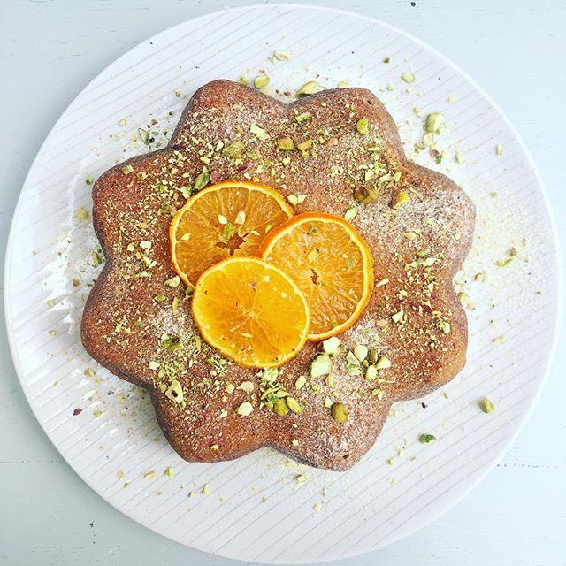 🍊🍊Orange and courgette cake🍊🍊 #exetercakemaker #exeter #saraspetitecuisine #orangecake #courgett