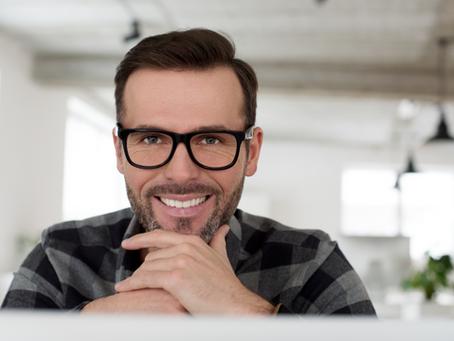 4 faits à savoir sur le bonheur au travail