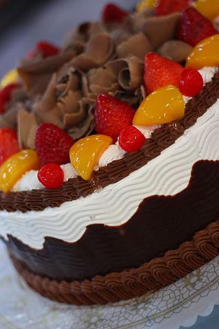 Ondas: Pastel de vainilla relleno de mermelada de fresa