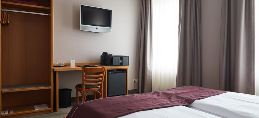 Hotel_Hafentor_2019_Zimmer403_03.jpg
