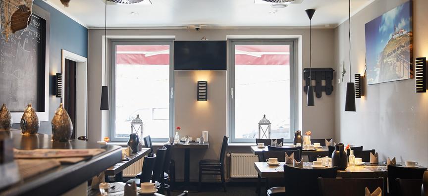 Hotel_Hafentor_2019_Fruestuecksraum_11.j
