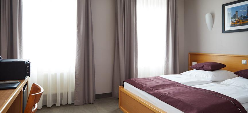 Hotel_Hafentor_2019_Zimmer403_01.jpg