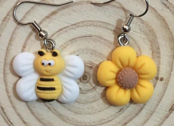 Bee and flower dangle earrings