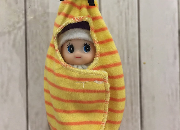 Bee wrap for baby or toddler elf