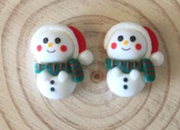 Snowman stud earrings