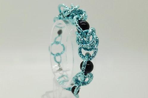 Bracciale in azzurro con pietra del sole blu