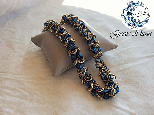 Collana turca blu