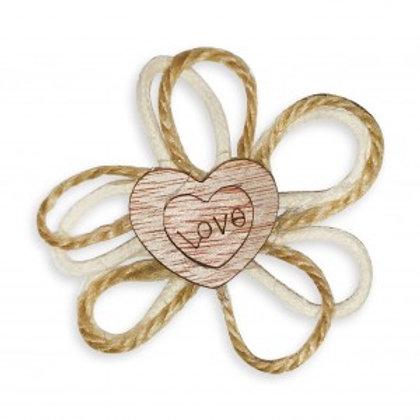 Applicazione bomboniera in legno doppio cuore con scritta love