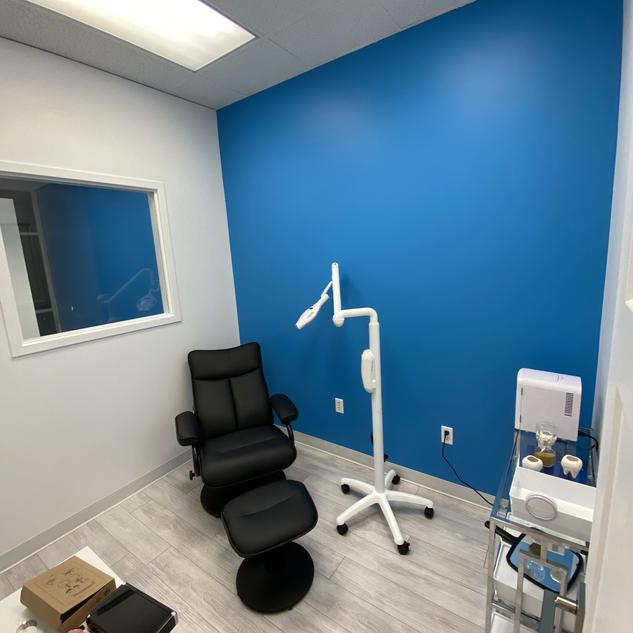Murray Teeth Whitening Studio