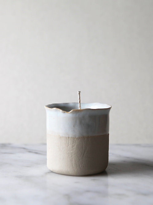 JLA & DIRT sea blue candle
