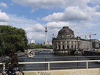 museumsinsel-berlin.jpg