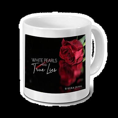 """Tasse """"White Pearls and True Lies"""" Motiv 3"""