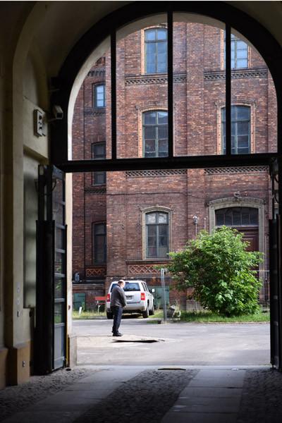 החצר הפנימית של מוסד אהבה, רחוב אוגוסט, ברלין