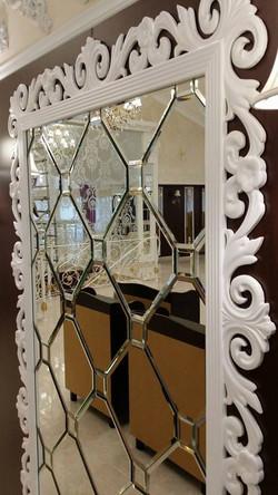 Зеркальная плитка с фацетом. Оформле