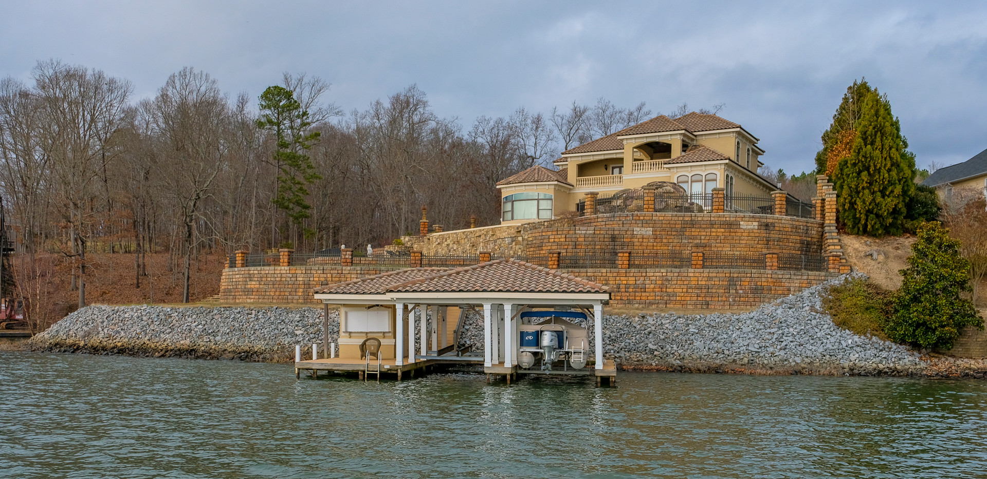Ultimate Boat Lifts Finished Boat Lift Install