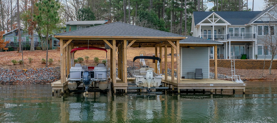 Ultimate Boat Lifts Pontoon and Small Runabout Lifts