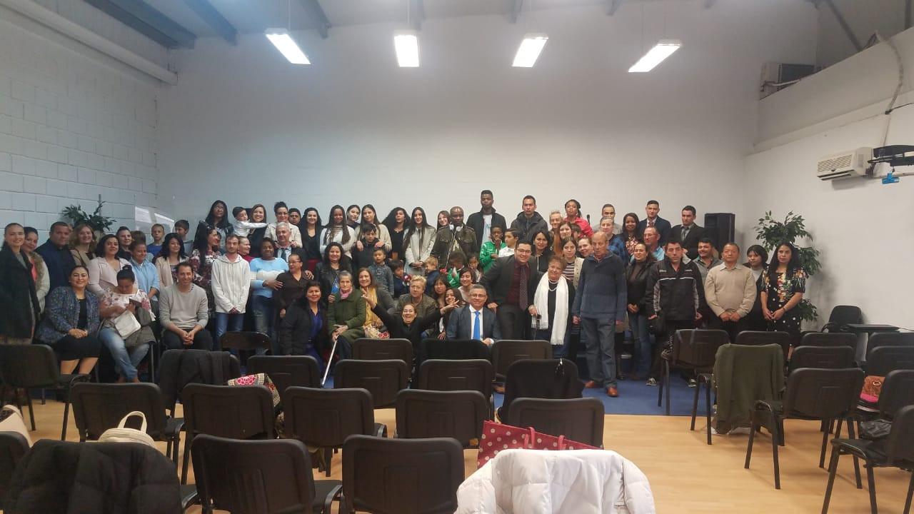 foto de toda la iglesia.JPG