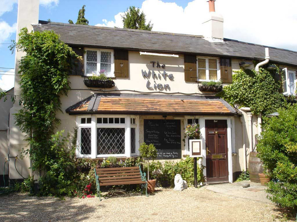 The White Lion Exterior