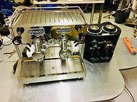 Sidecar Café machine à café Quick Mill et moulin à café Mahlkönig Twin