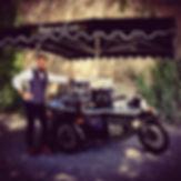 Le Sidecar Café propose des cafés de spécialité,; blend robusta et monorigine arabica. Ajoutez une note d'authenticité et de gourmandise à votre manifestation, votre garden-party ou soirée privée. Vous trouverez également votre café préféré sur le Sidecar Café dans la rue.