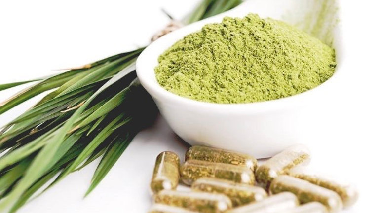 Women's vitamins for pre-menopausal and menopausal daily symptoms
