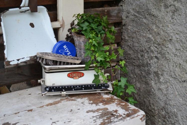 Vintage Gartenecke Details Waage