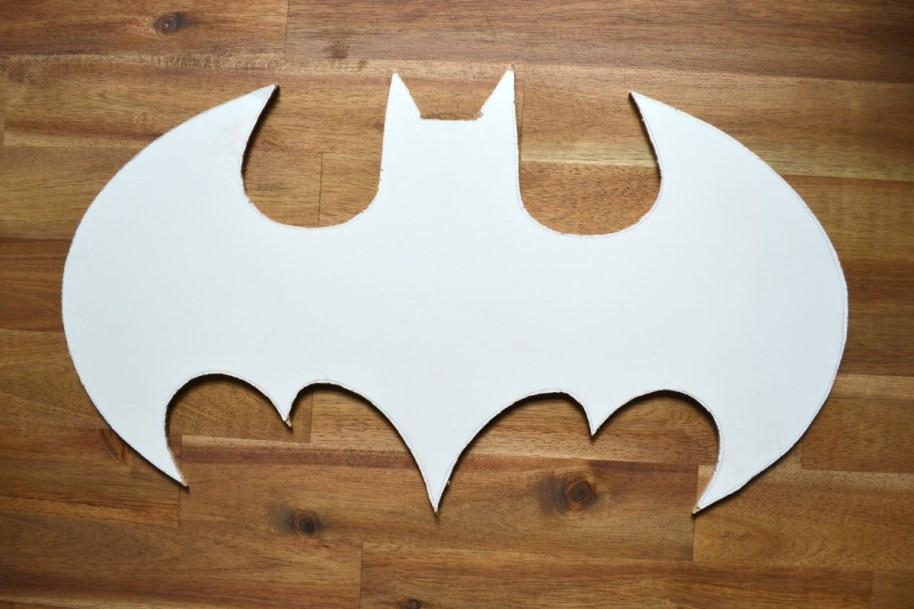 Batman-Lampe grob ausgeschnitten