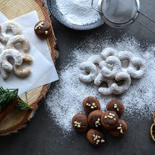 Vanillekipferl & Schoko-Lebekuchen-Kekse