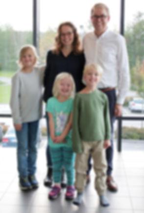 Familjen Jenemark-2018-KZ-2_edited.jpg