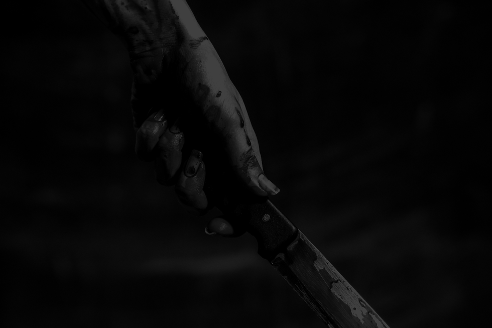 hand_with_knife.png