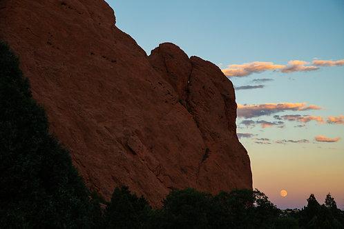 garden of the gods, Colorado Springs, red rocks, moon, moonrise, Colorado