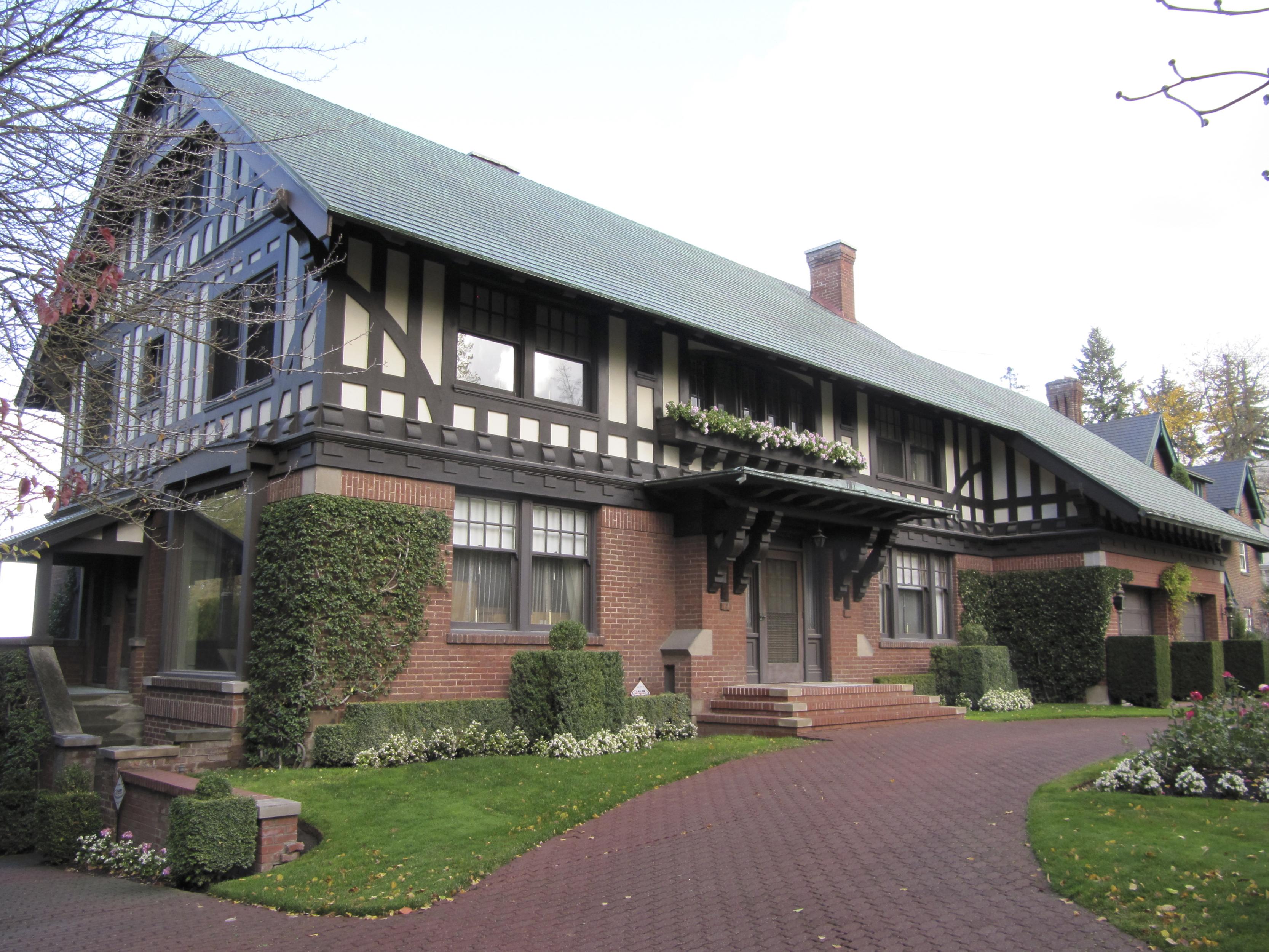 Matthews-Woldson House
