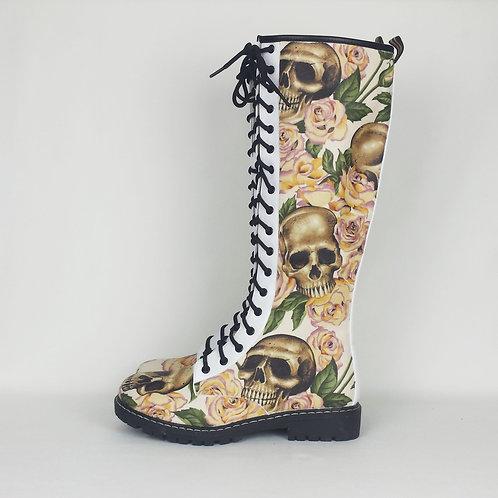 Skulls and roses boots, bridal skull boots, ivory custom made women shoe