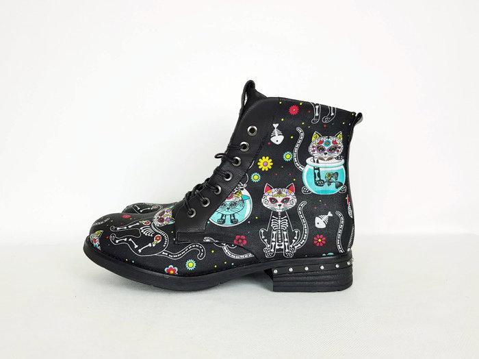 c96f68decb143 Sugar skull cat, cat print shoes, women custom boots