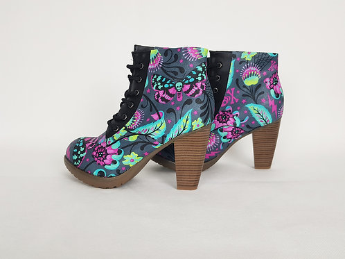 Venus fly trap and moth boots, psychedelic women ankle boots