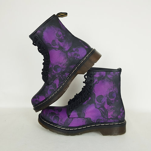 Purple skulls custom boots, women combat ankle boots