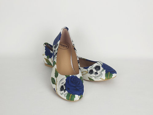 Skulls and roses white custom dolly pumps, alternative bride wedding shoes