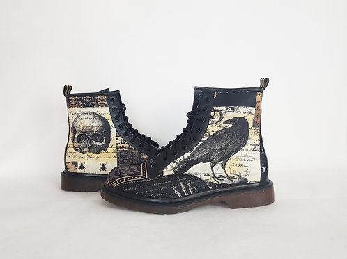 Gothic raven and skull men boots