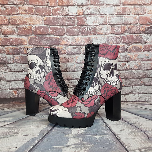 Skulls and roses ankle heel boots