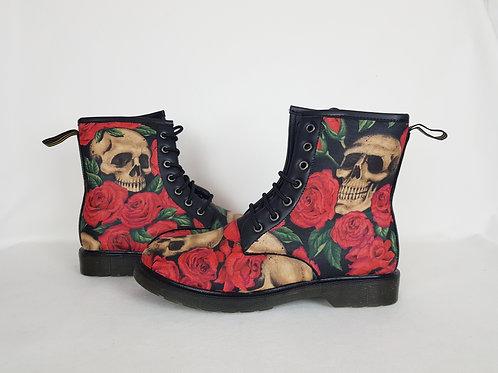 Men's boots, skulls and roses men boots