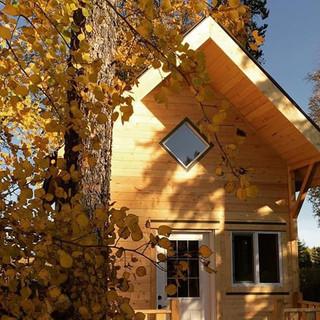 12x12-yoga-cabin.jpg