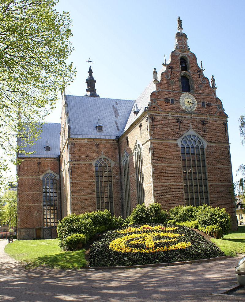 800px-Trefaldighetskyrkan-Kristianstad