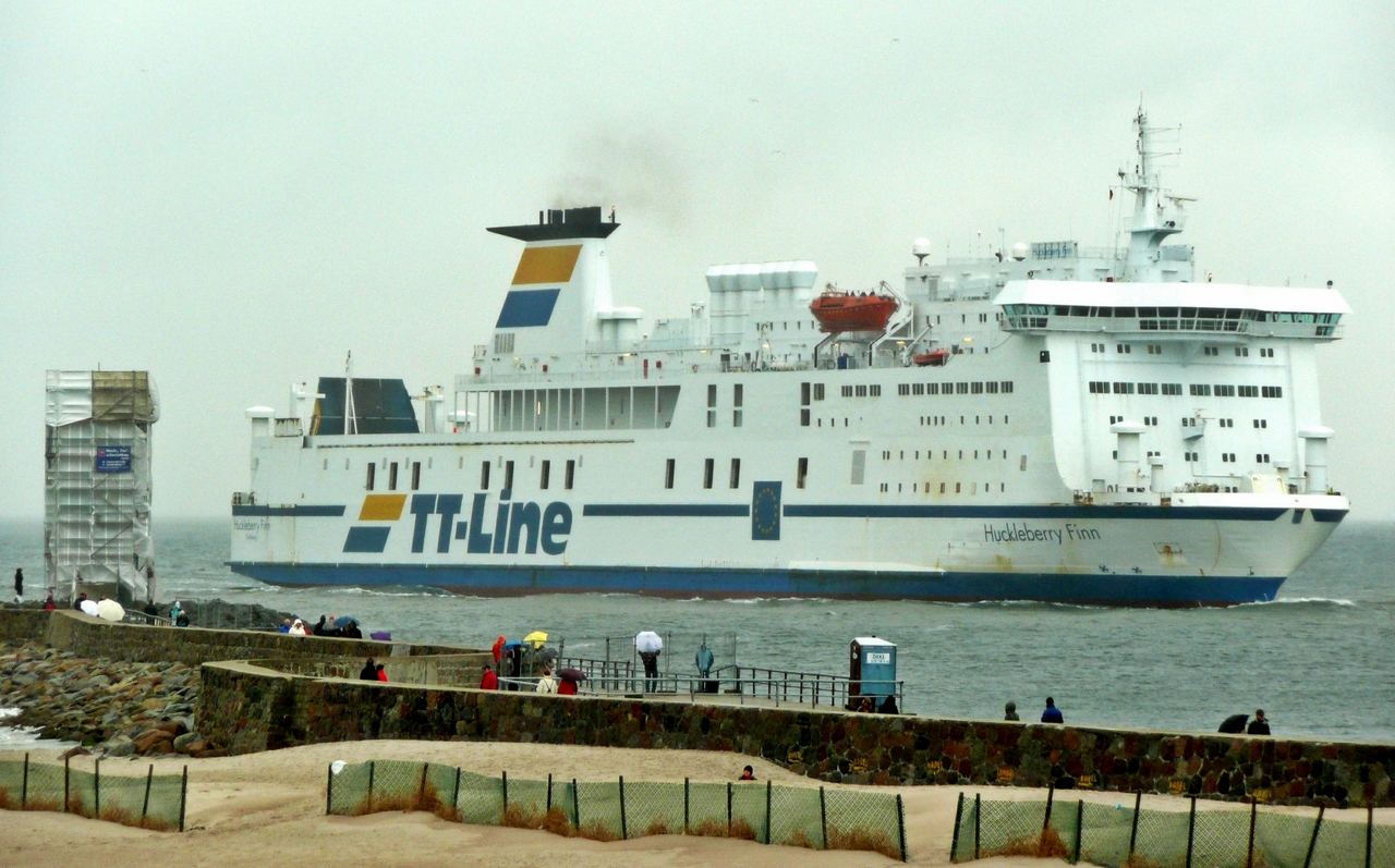 TT-Line_Fährschiff_Huckleberry_Finn_(IMO