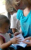 elsa b. carnet de voyage dessinatrice bali melati enfant fillette croquis
