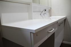 洗面台横の多目的台 1-6-1