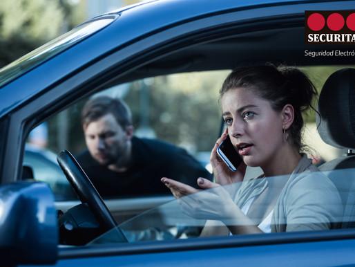 ¿Cómo reaccionar si te asaltan en tu auto?