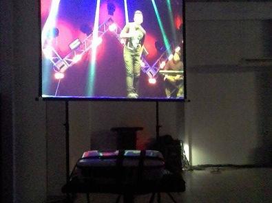 locação aluguel de projetor datashow notebooks TV televisao telão karaoke sonorização Florianopolis