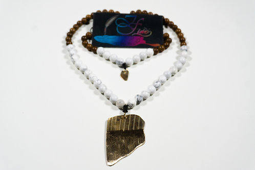 White Howlite and Wooden Bead Jewelry Set