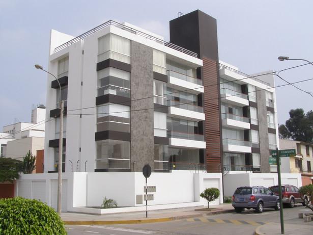 Edificio Puerto Pizarro, Surco