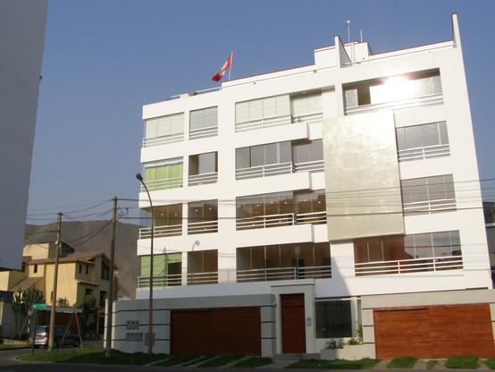 Edificio Los Poetas, Surco